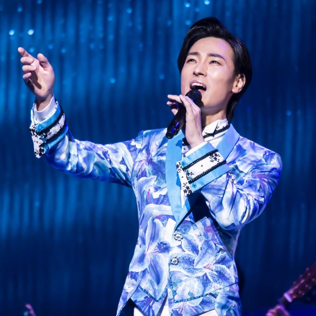 画像:山内惠介全国縦断コンサートツアー2019<br>~Japan 季節に抱かれて 歌めぐり~